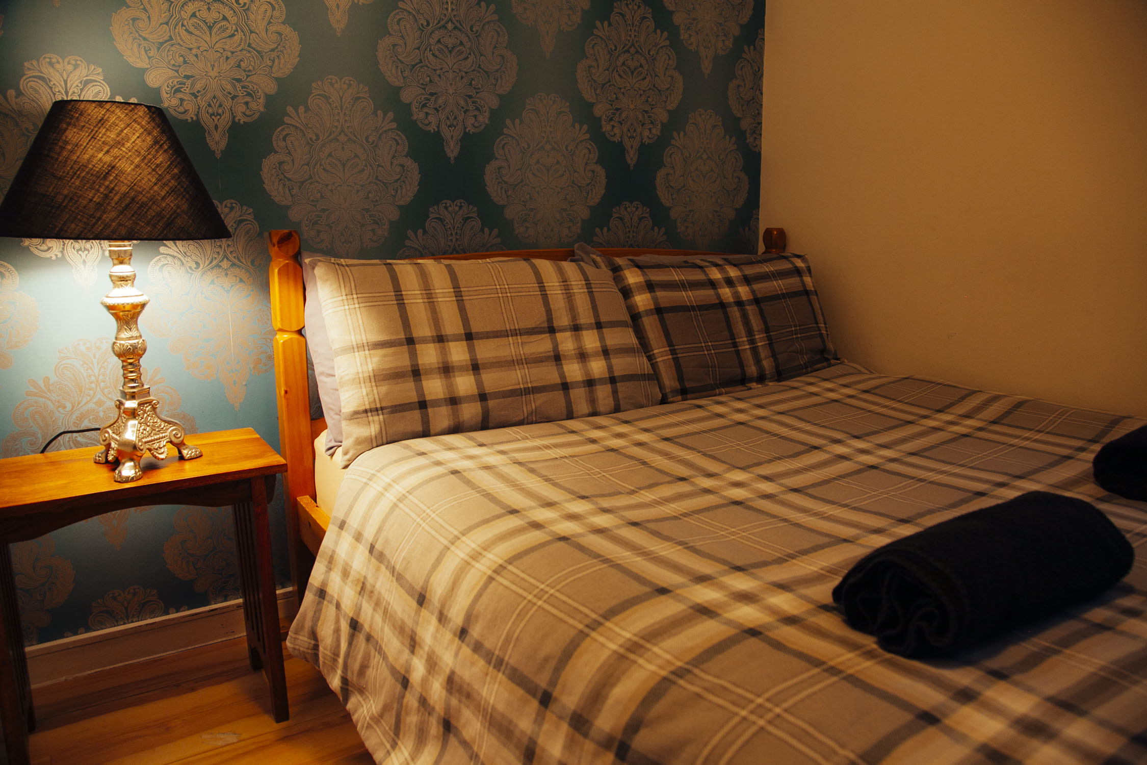 DOUBLE PRIVATE/ENSUITE - A double room with ensuite.
