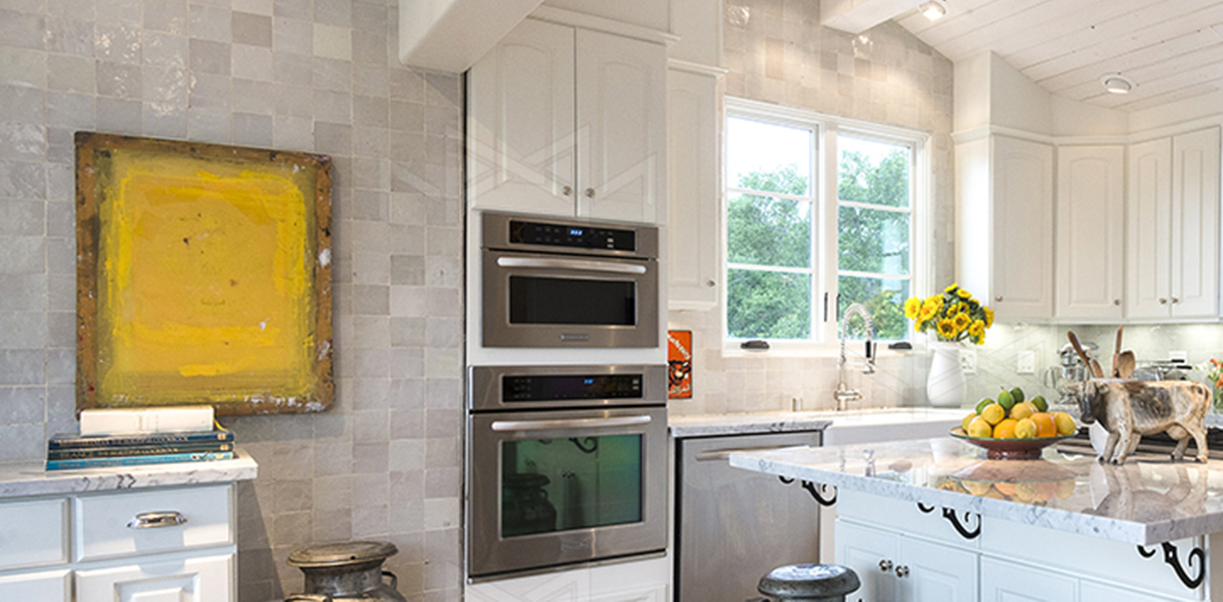 Kitchen with moroccan tiles