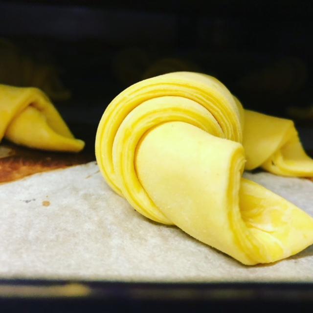 cornetti crudi gialli.jpg