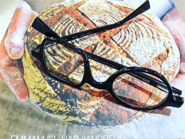 immagine libro occhiali.jpg