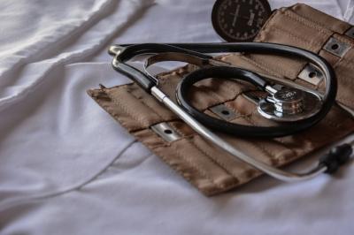 doctor-1228627_1920.jpg