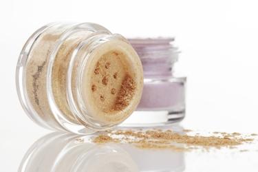 shabbos makeup.jpg