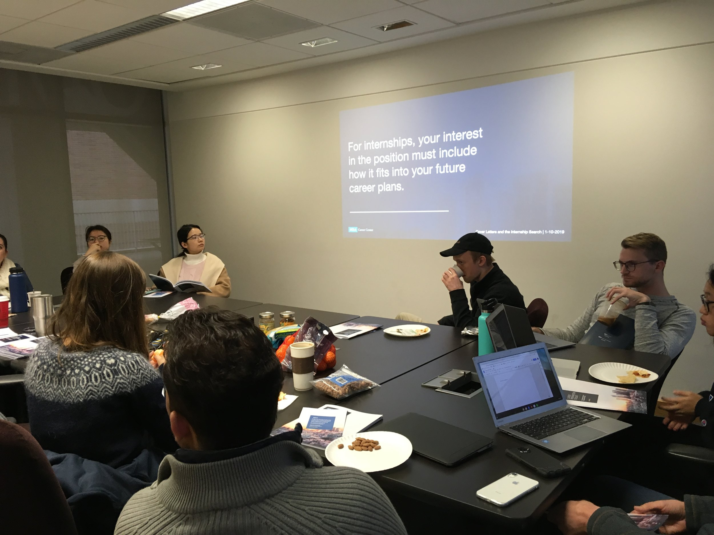 January 10, 2019: Brown Bag Seminar on Cover Letters and Finding an Internship