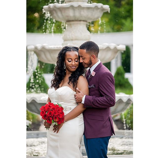 Lauren & Kevin tied the knot this past weekend and even with the lovely elegance of the day they still found time to turn all the way up!!! Sooooo happy for them! **SWIPE LEFT ⬅️ TO SEE MORE** .  Venue 🏛 @thewaterfall_de  Makeup 💄 @ericanikole  Cake 🍰 @themastersbaker  Photography 📷 @sherondaphoto  Videography 🎥 @mikaldangelo