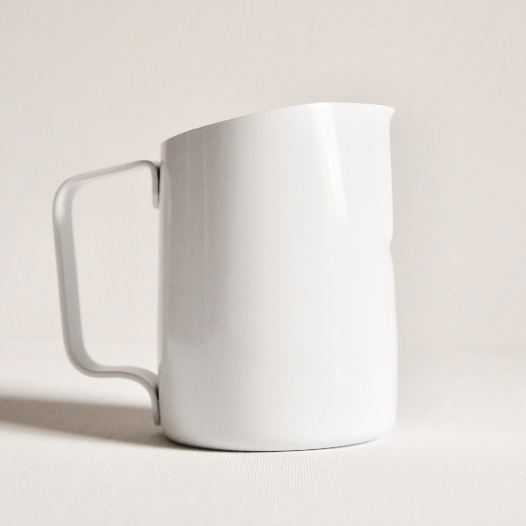 15 oz Pitchers    Perfect Size for 6-10 oz cups.