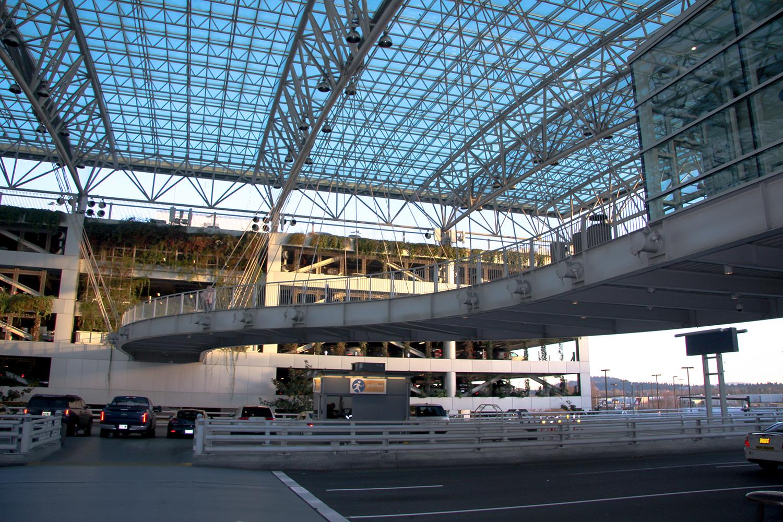 pdx-canopy-bridge-image-05-1000x1500.jpg