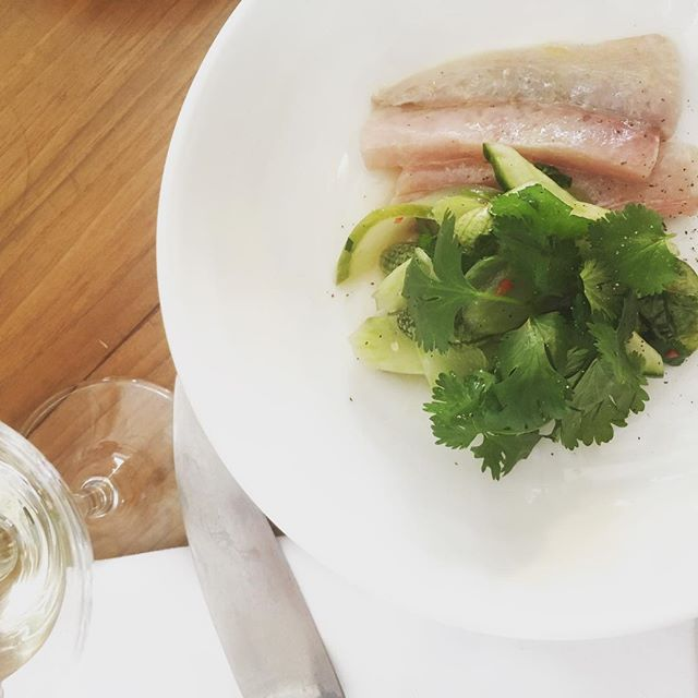 *Wonderful* meal at @restaurant_leservan - brilliant mix of French bistrôt and Asian cuisine. My new neighbourhood restaurant!  #food #foodie #paris #france #leservan #pork #mackerel #burgundy