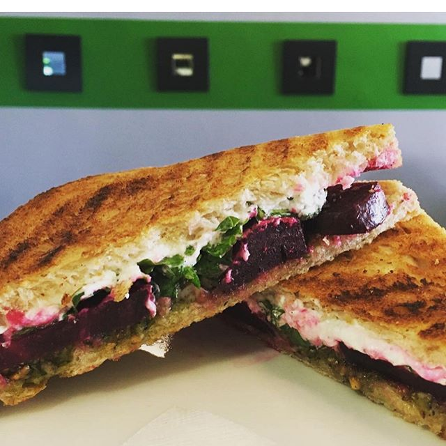 Roasted beets, pistachio pesto, arugula, and fresh goat cheese for the special panino today! #andthebeetgoeson...thissandwich