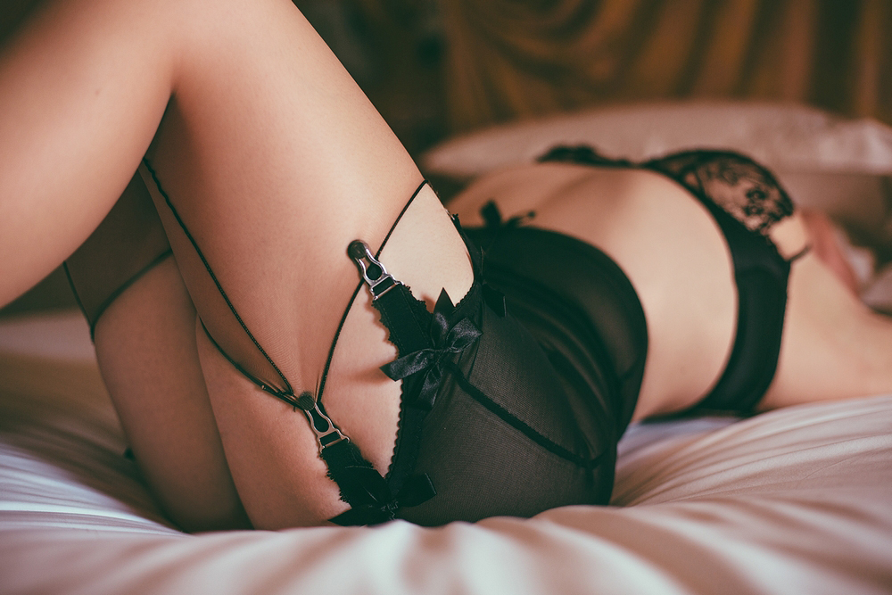 Welsh Belle   The perfect blend of sugar and spice, Belle offers sensual BDSM sessions as well as a more traditional girlfriend experience.