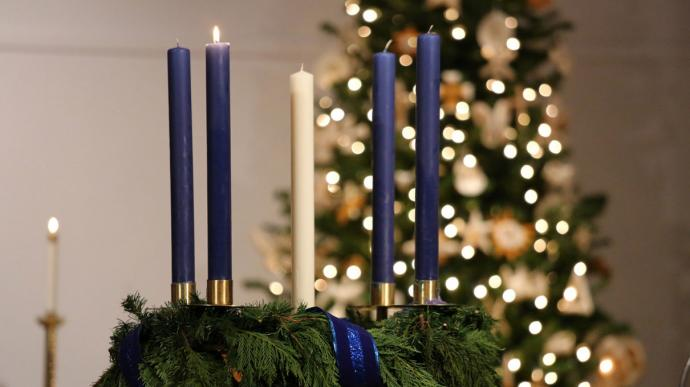 advent-christmas-glendale-1-690x387.jpg