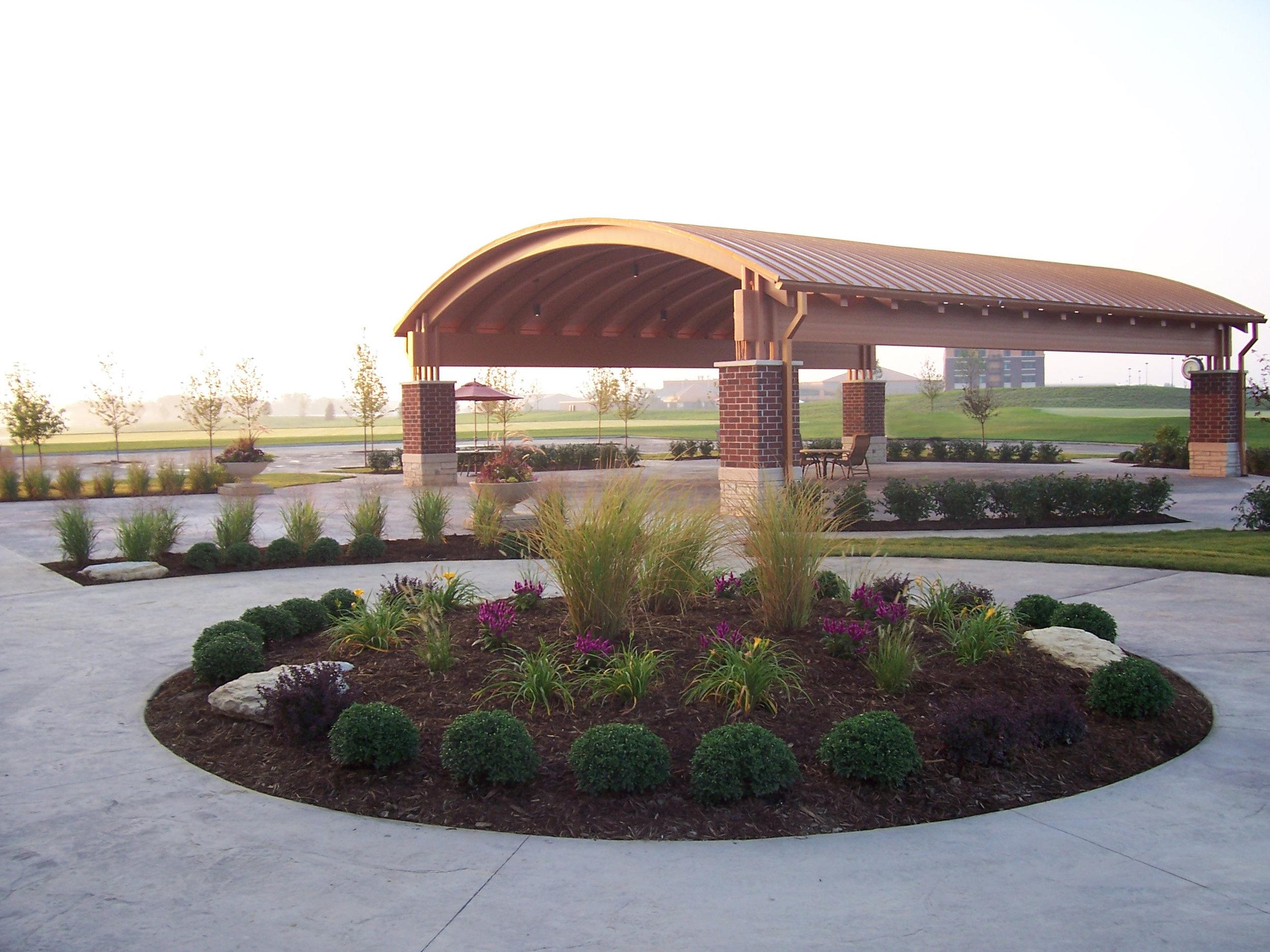 Patio Plantings @ Riverside Golf Course.JPG