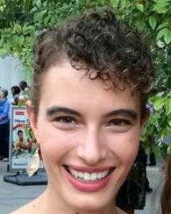 Danielle 2.jpg