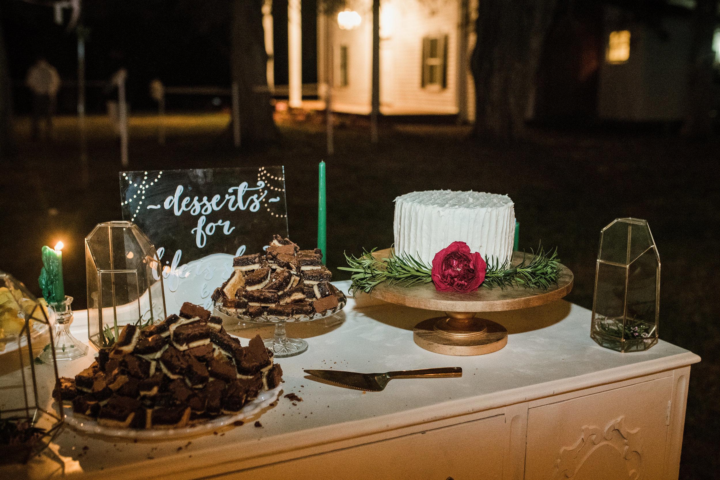 Raleigh Wedding - Raleigh Wedding Photographer - North Carolina Wedding Photographer - Backyard Wedding