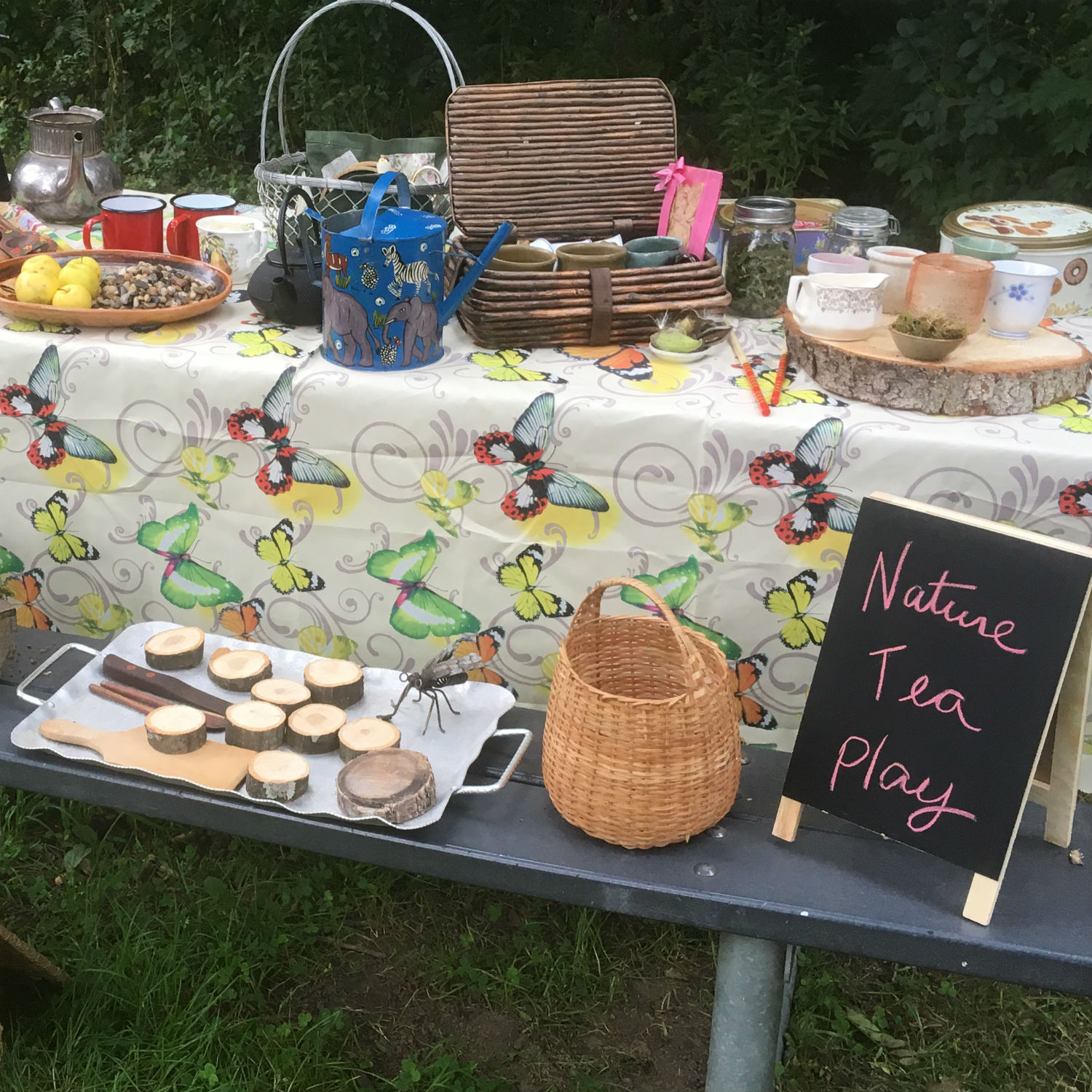 All set for our tea party under the canopy of High Park.
