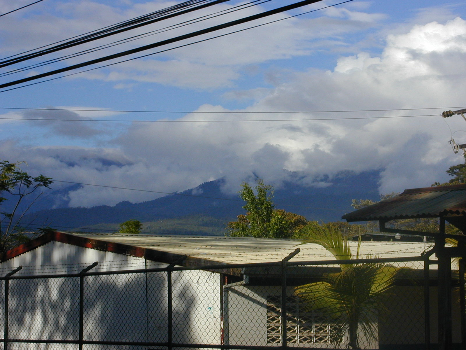 Hogar Clouds3.JPG