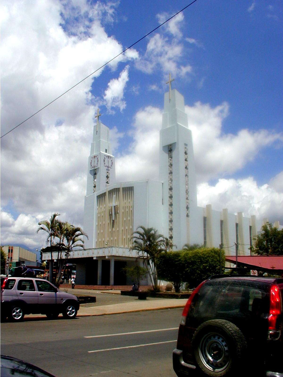 San I Cat Church.JPG
