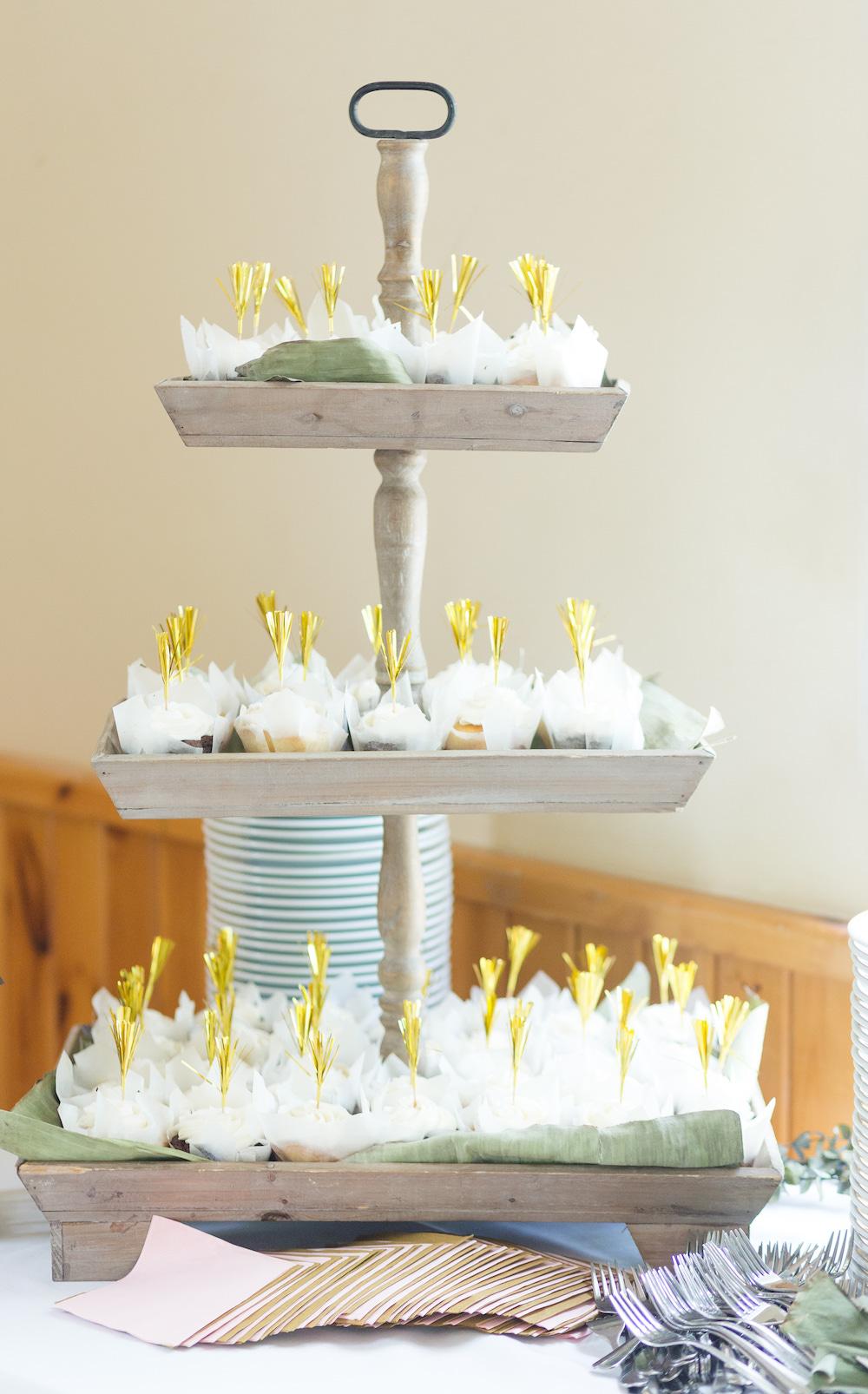 laura-vidal-design-dessert-table.jpg