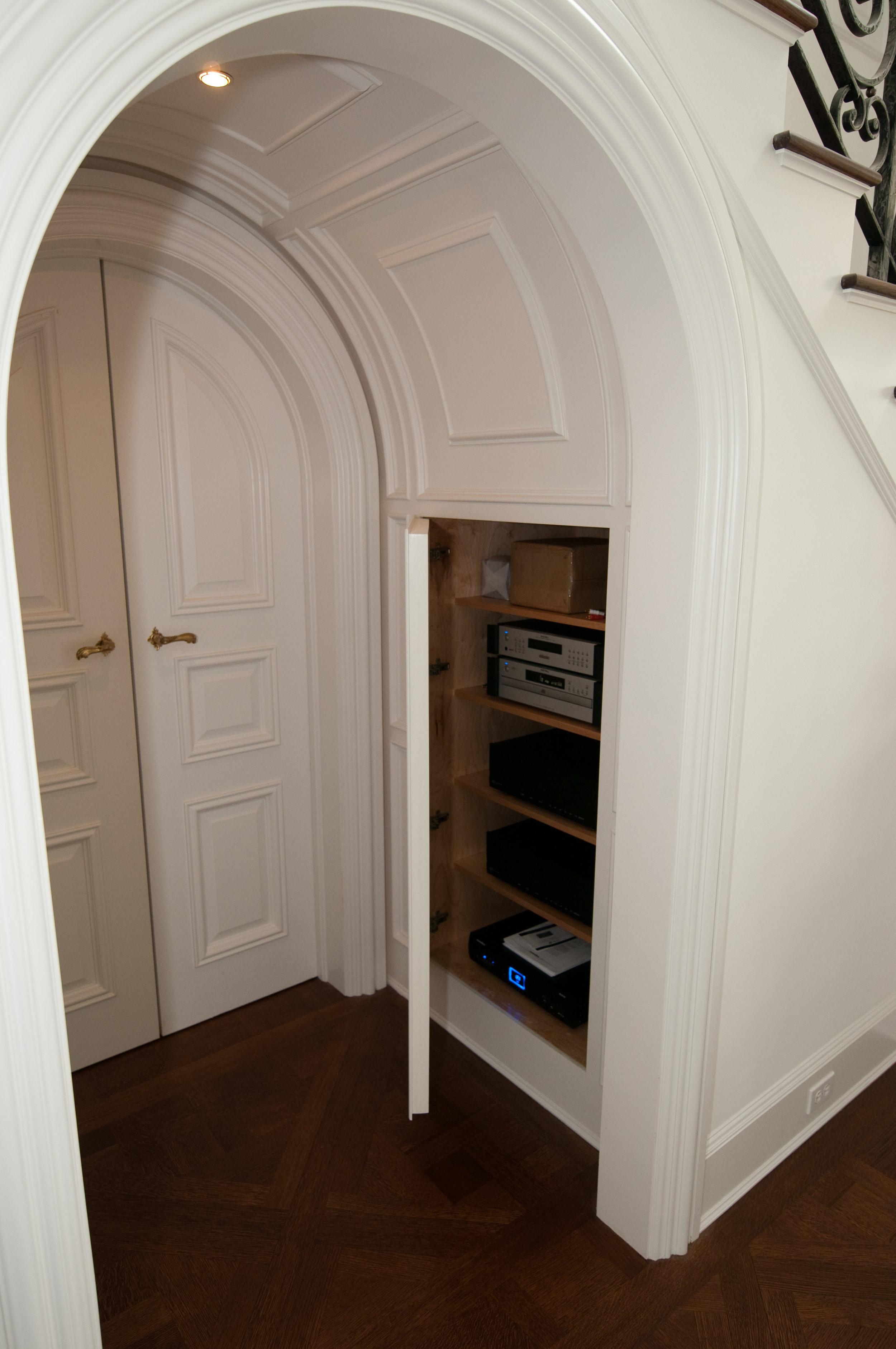 7 - stereo cabinet.jpg