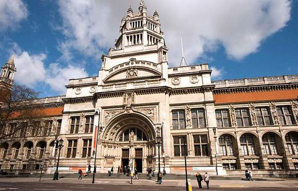 The worst scandal in the V&A's history occurred in the 1950s when a member of staff was found to have stolen several hundred objects, including a number of swords which he smuggled out of the Museum down his trouser legs.