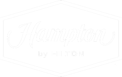 LOGO_HamptonInn_white.png