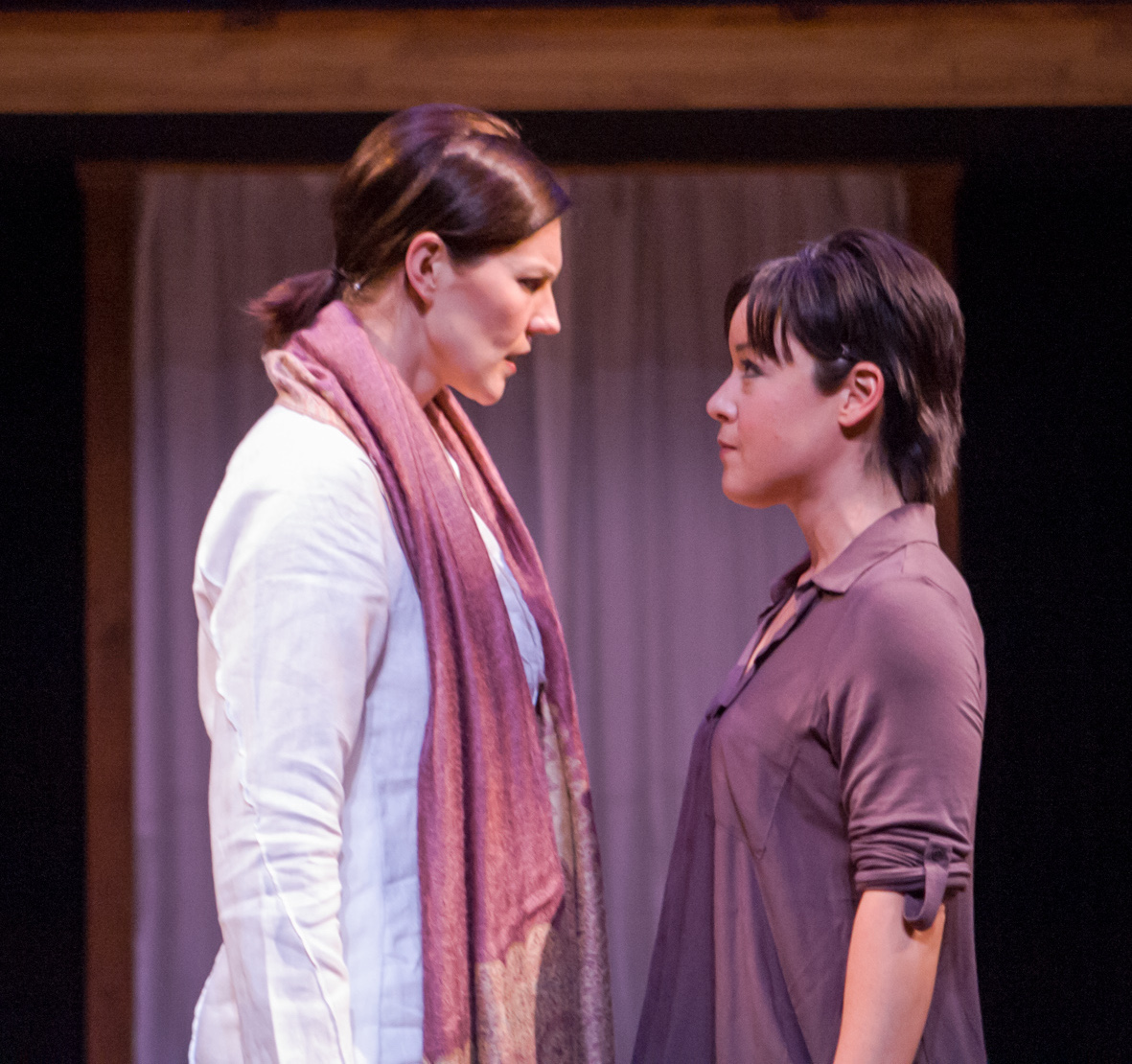 Annemaria Rajala (Sid), Anna Ishida (Raina). Ashby Stage. Photo: Mike Padua.