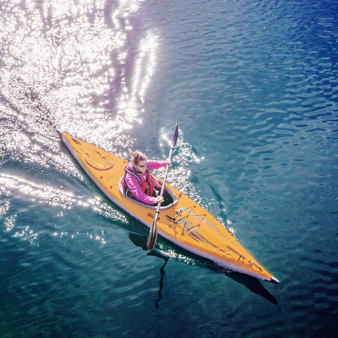 Kayak_page.jpg