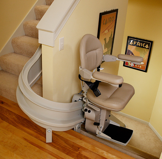bruno-elite-indoor-curved-stair-lift.jpg