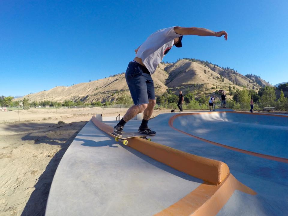 Crew member Keith Powers with a backside lipslide