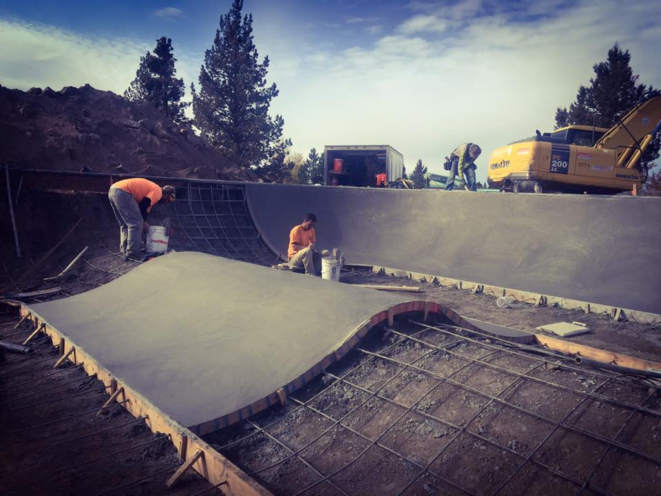 First pour at the Rockridge Skatepark