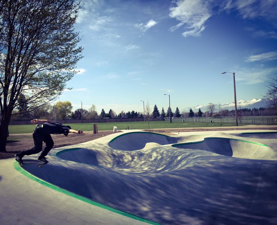 Keith Powers with a back tail