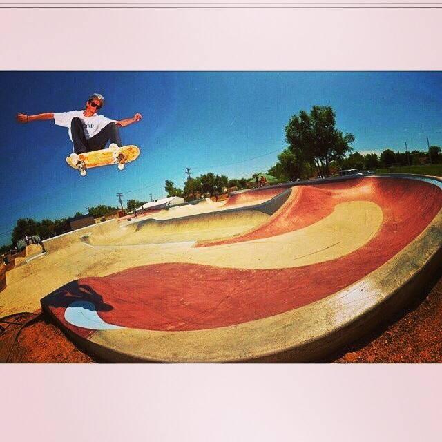 Skate photo by Taylor Dehart
