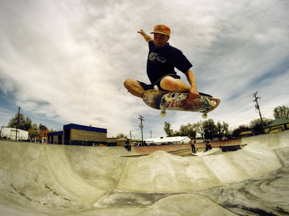 Billy Coulon tuck knee at the Milliken, Colorado Skatepark