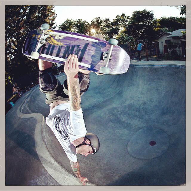 Jeff Grosso invert at the Goat Bowl