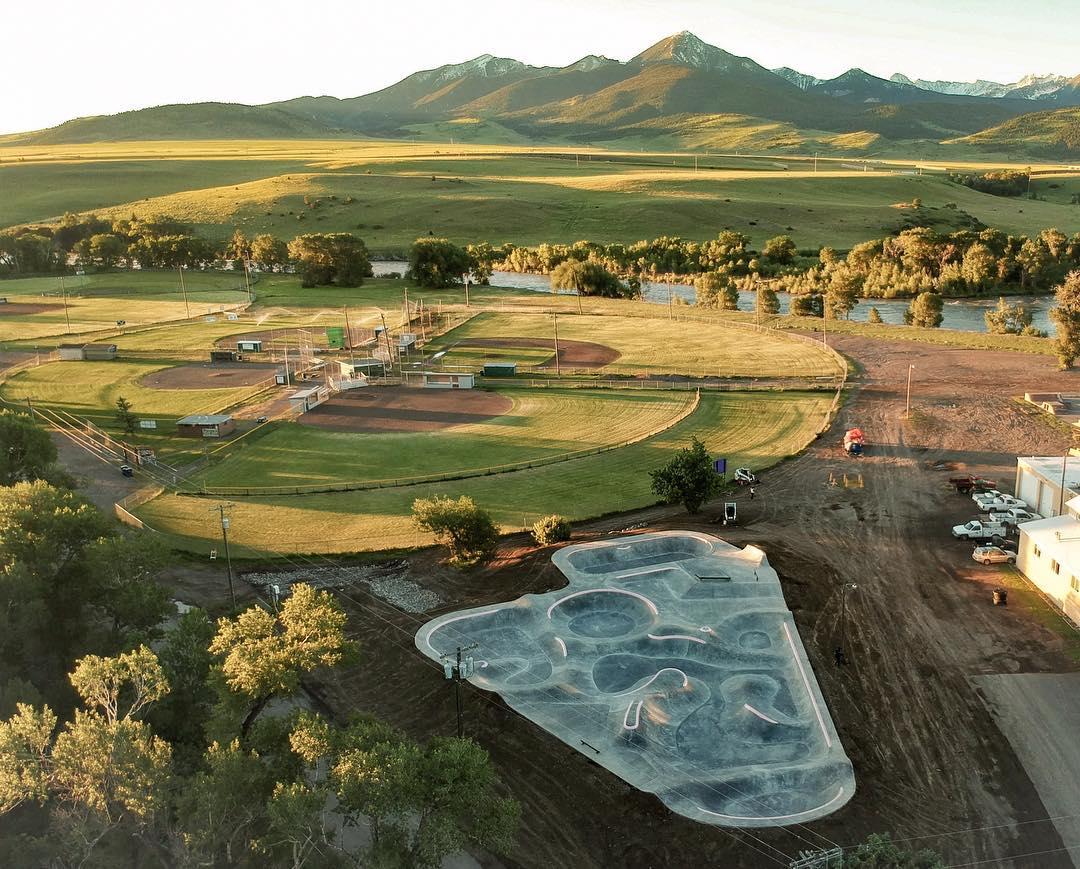Livingston, Montana Skatepark & paradise Valley from the sky 🦅