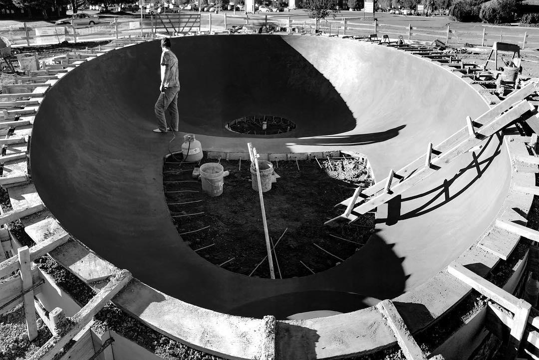 Shadows of the Huevo 🥚 bowl. Hamilton, Montana.