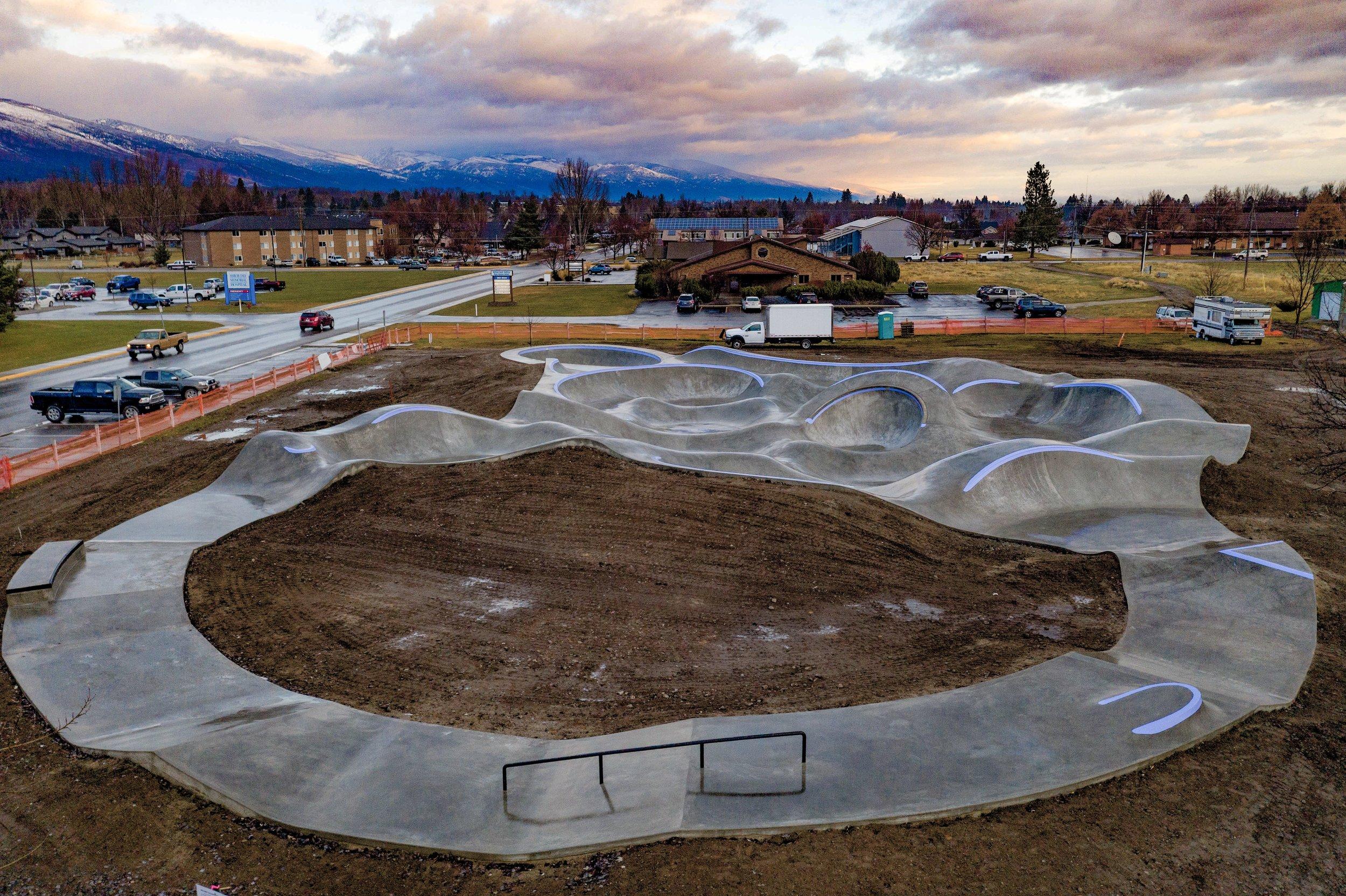 Hamilton, Montana 💯 she's a dream. The circular 'sprack Track' keeps the momentum going ↔️