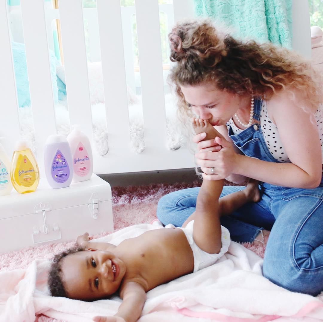 @livesweet, Insta-mom and blogger extraordinaire