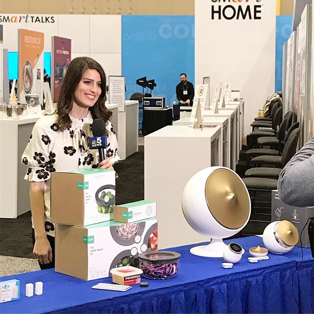 @nbcchicago featuring Ovie at the Smart Home pavilion at #IHA2019 🥬