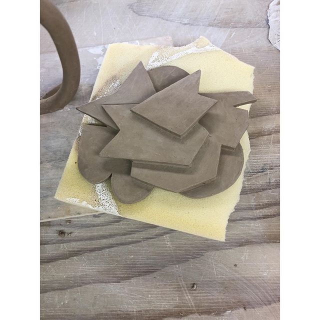 Future ceramic sculpture 👐🏼 #clay #claysculpture #patriciarubioart #cutouts #geometry #composition #sanfransisco #artist #sculpture