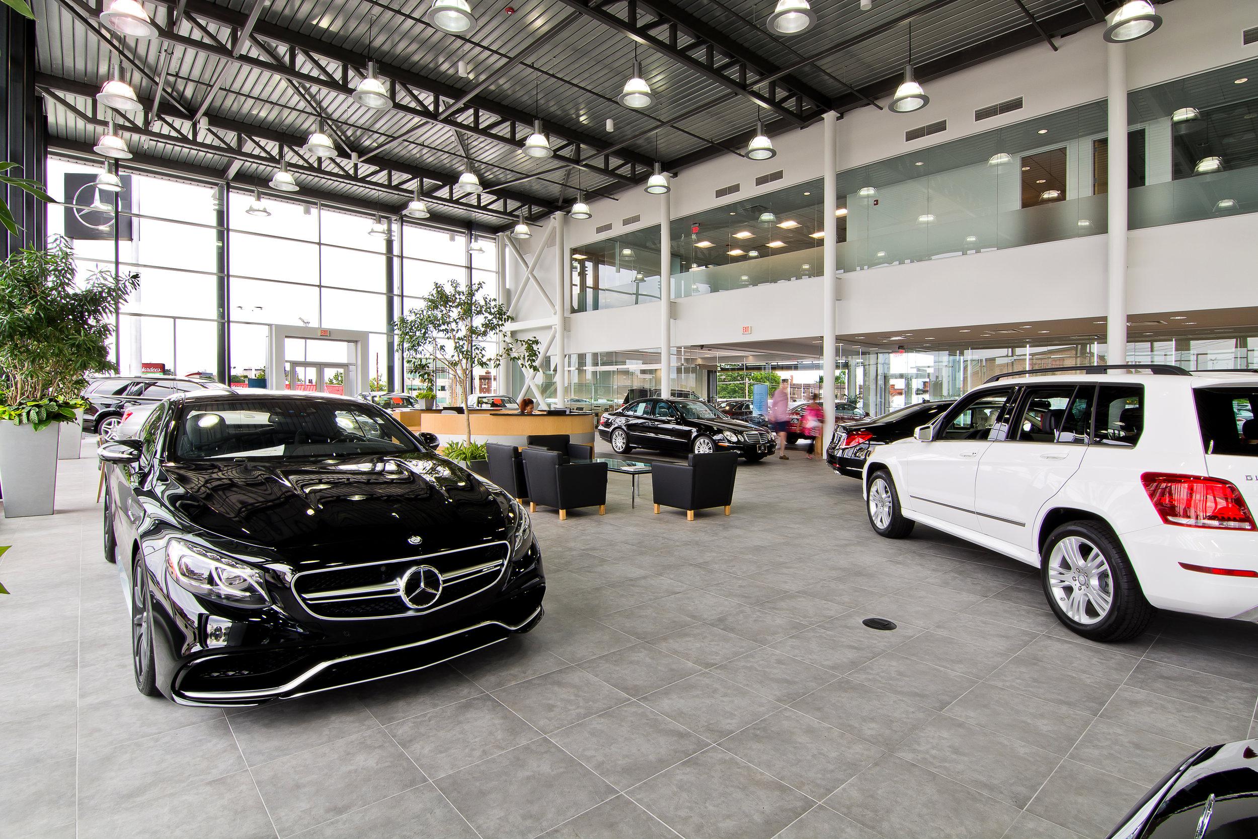Mercedes Benz - STL (15 of 28).jpg