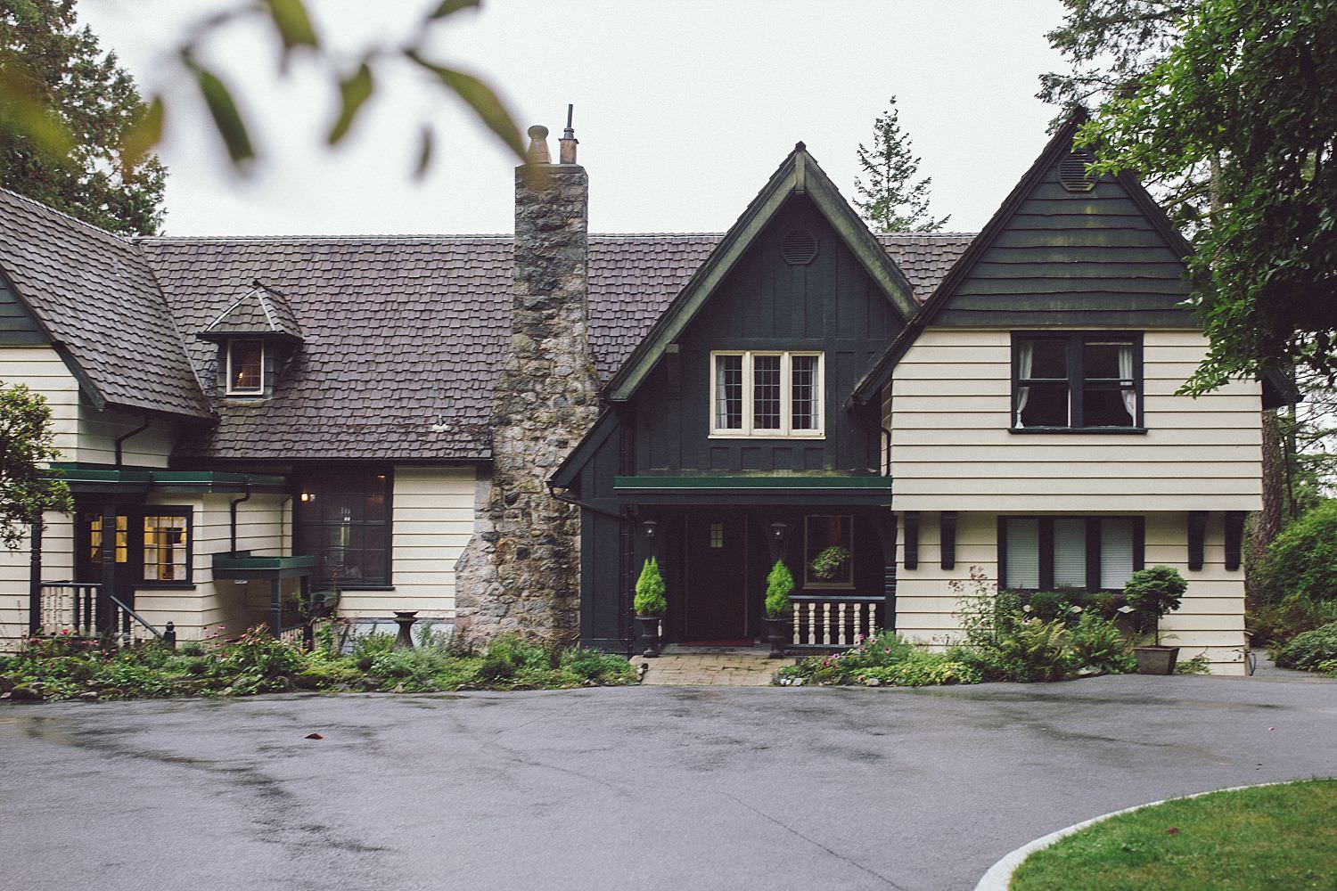 The front side of Minnekhada Lodge in Coquitlam