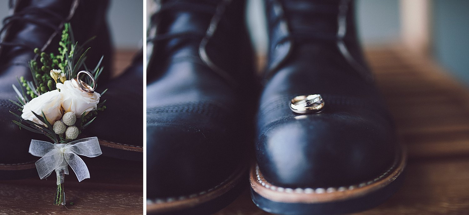 Groom's shoes with boutonniere and rings