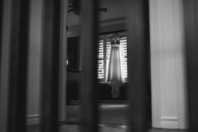 07_ALP - DomAaronBlog - 10_dress_hanging_up_Wedding.jpg
