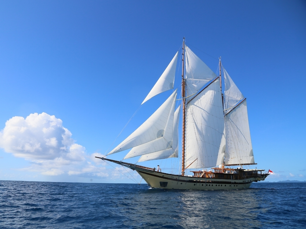 UY_yachts_profile_Lamima.jpeg
