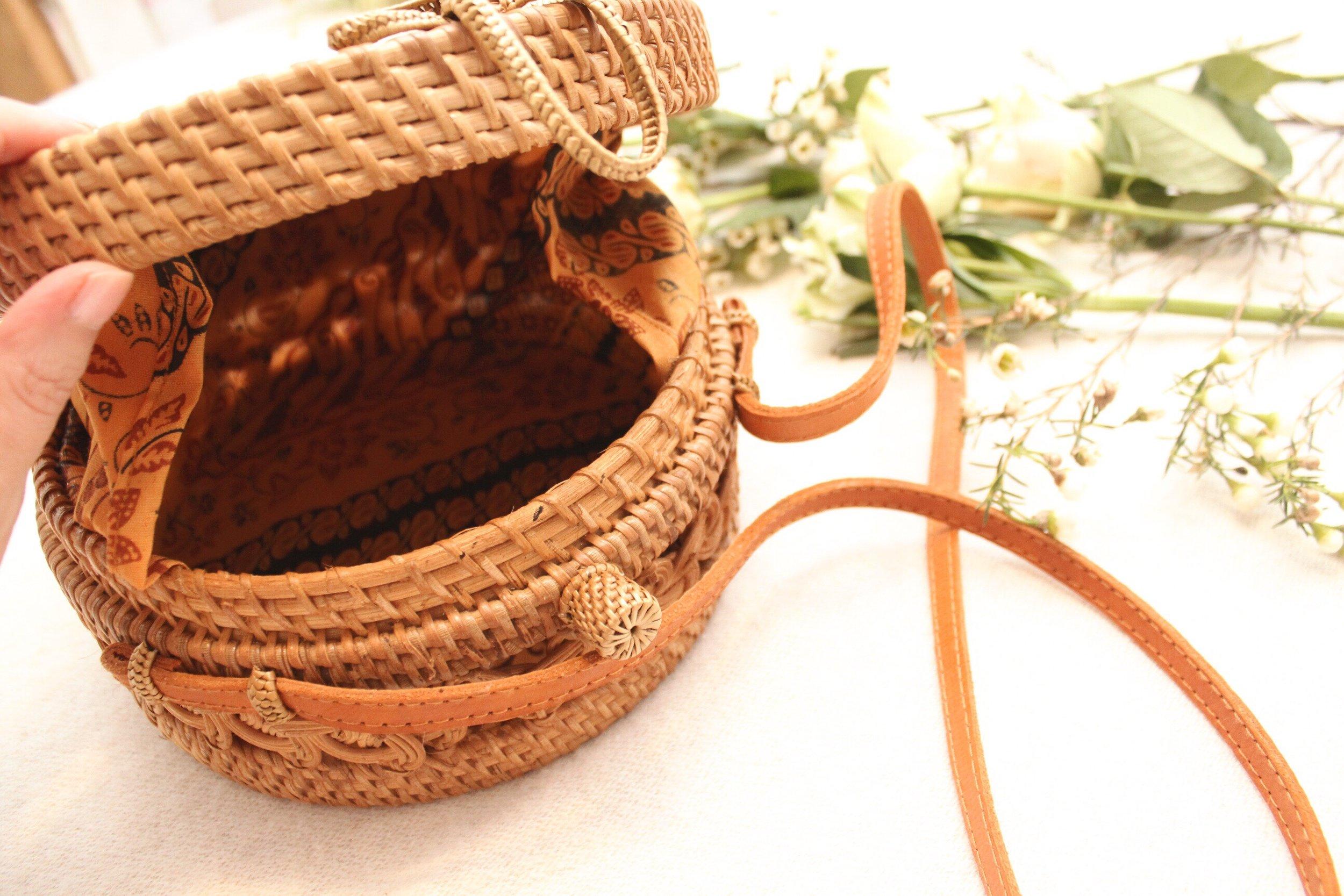 Round Basket Bag Styles for Summer.JPG