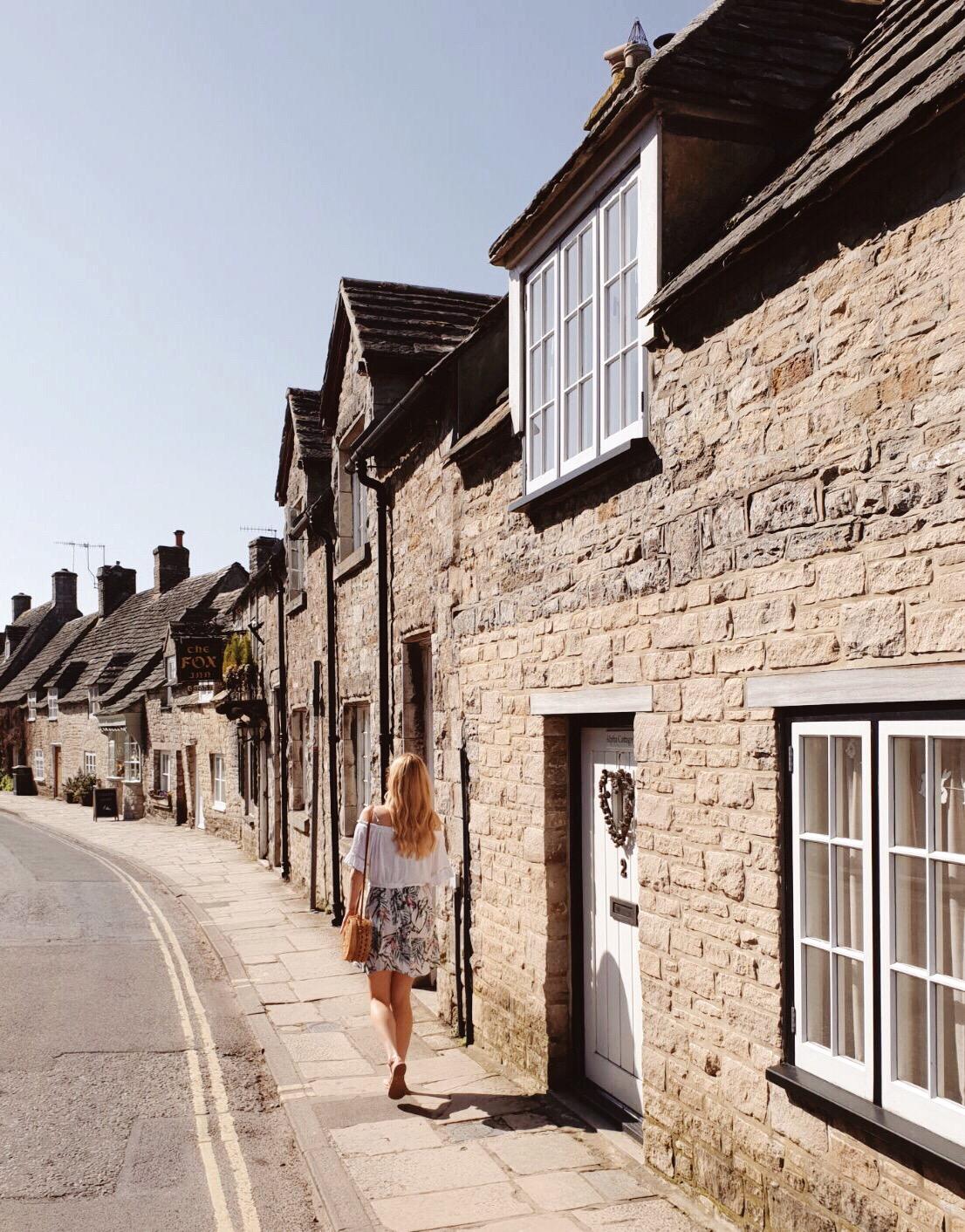 Corfe Castle Village, Dorset.JPG