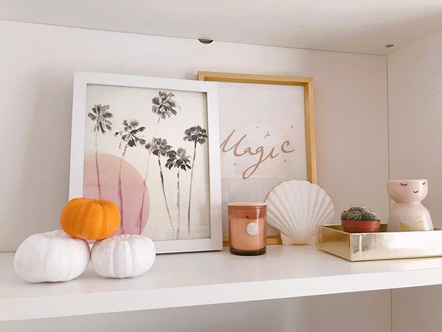 ✱ Halloween Eve or All Hallows' Eve? ✨🎃🌙 Whichever way you look at it I'm loving all the magical vibes my office shelf is giving me. Back on the gram this evening after a busy time with design projects, meetings and celebrations. I hope everyone's week has been going well so far? ✨✨
