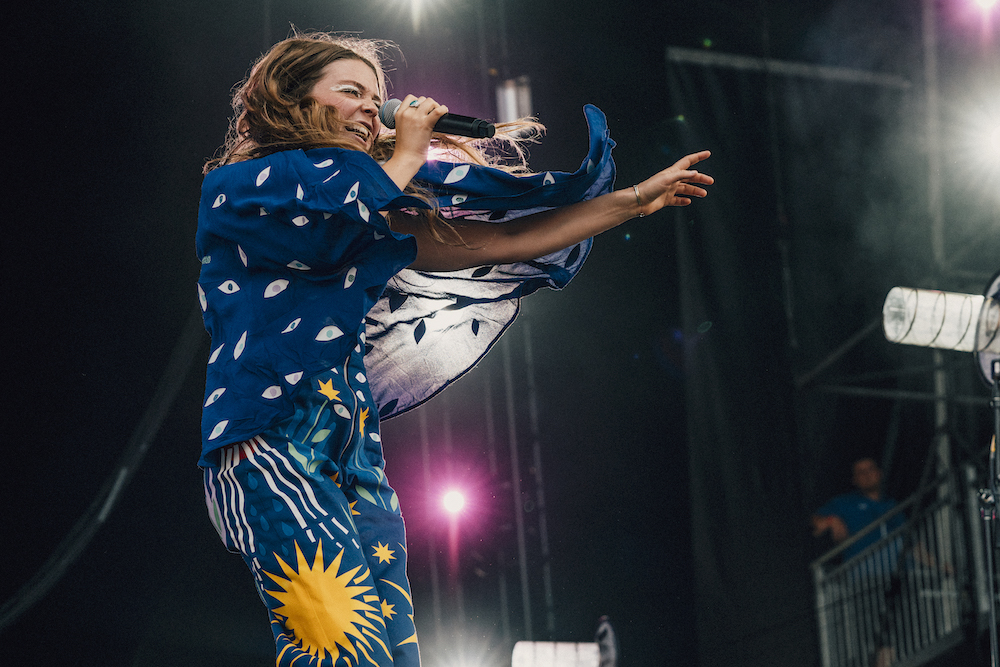 MAGGIE ROGERS_2_FRIDAY_GOVBALL_GREGNOIRE.jpg
