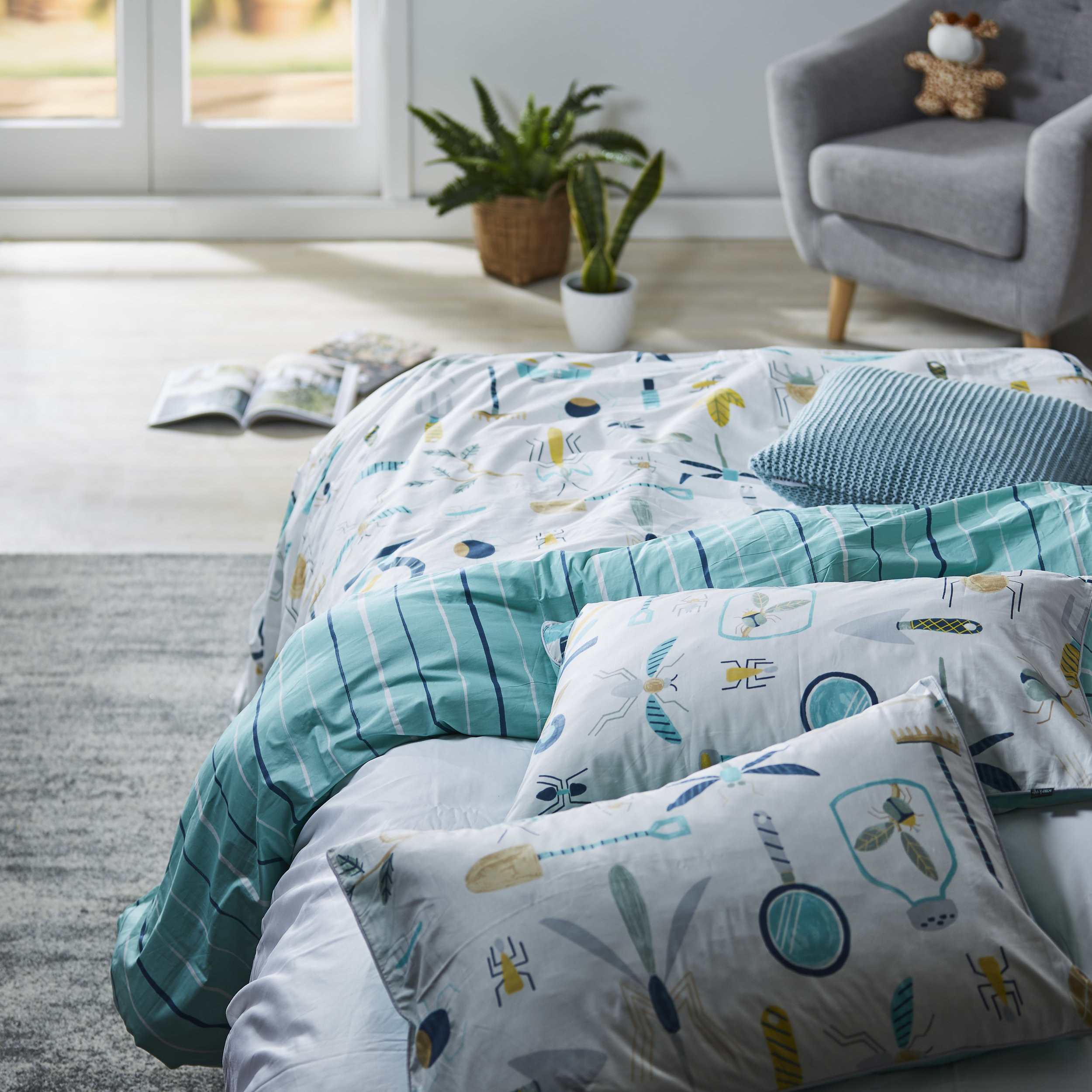 1076330001_Duvet_Set_KAS_Outdoor_Collect_Multi_SG.jpg