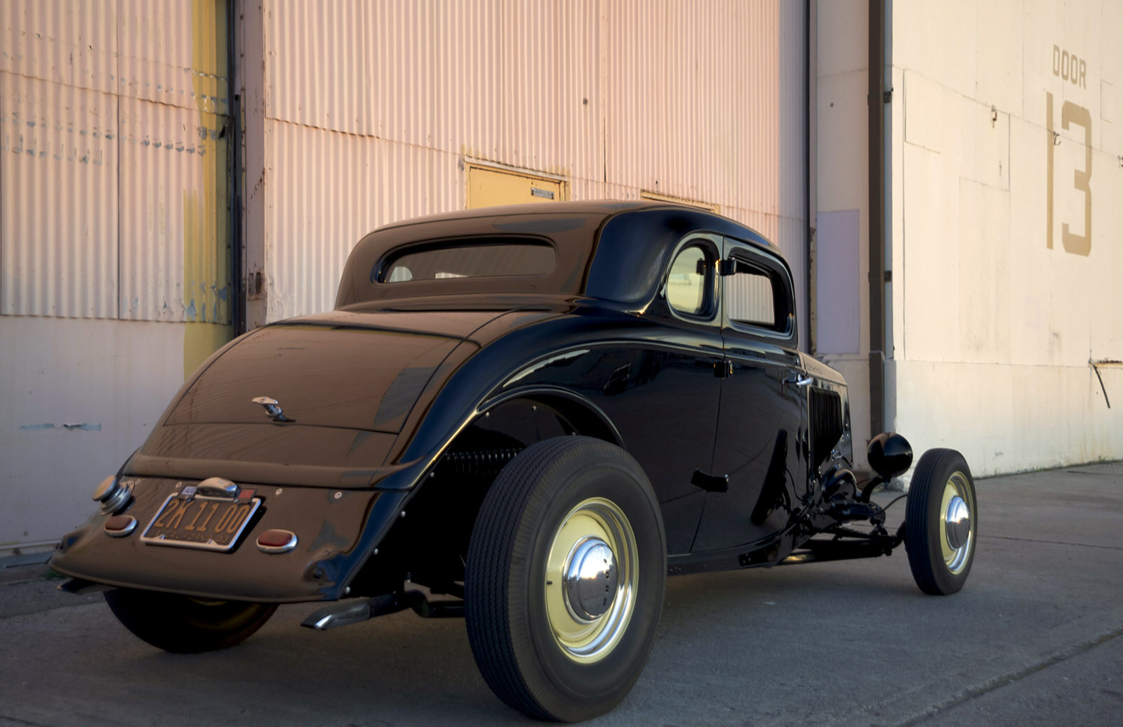Bob Golden 1933 Ford 5-Window - South City Rod & Custom - Photo by Peter Vincent